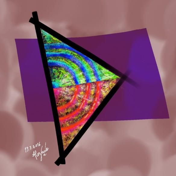 Mon 22e_B_Triangle Chic
