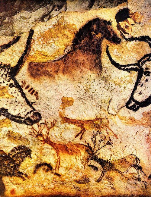cave-lascaux-ancient-paleolithic-paintings-in-lascaux-south-west-of-france-this-cave-art-is-located-near-the-village-of-montignac-in-the-dordogne-dates-to-around-12000-bc-_pinterest