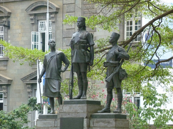 6202844805_42e9120280_z_war-memorial-monument-kenyatta-avenue-nairobi