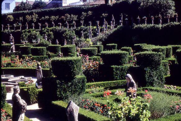 castelo_branco-jardim_do_paco_episcopal_1-19670806
