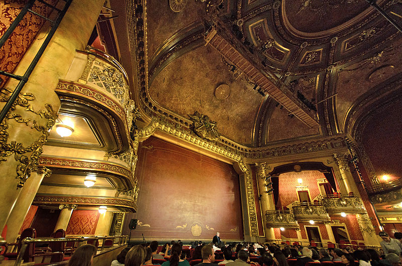 800px-Elgin_Theatre_interior