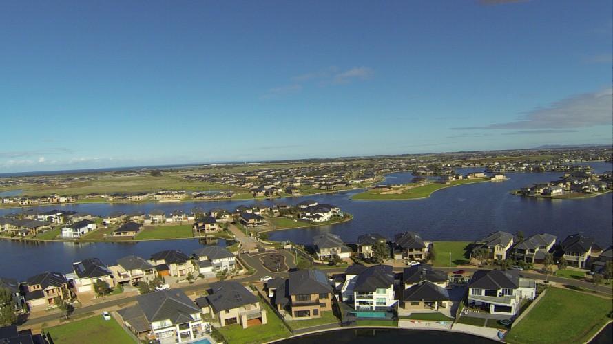 housing-and-lakes-australia