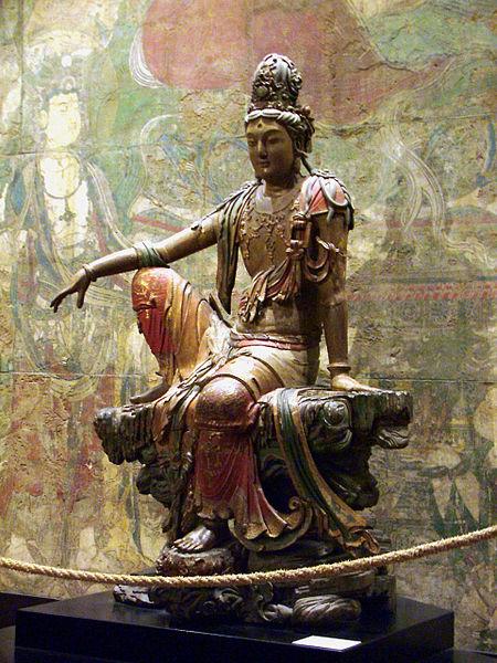 450px-Liao_Dynasty_Avalokitesvara_Statue_Clear