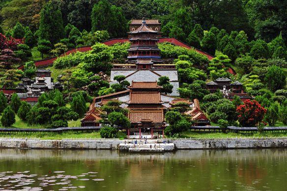 800px-1_shenzhen_splendid_china_2011