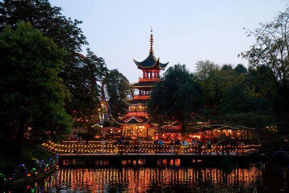 800px-Tiboli_Gardens_-_Chinese_Pagoda