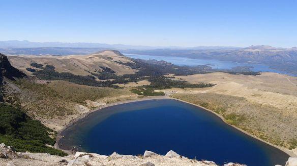 Crater_del_volcan_Batea_Mahuida_-_Villa_Pehuenia_-_Neuquen_-_Argentina