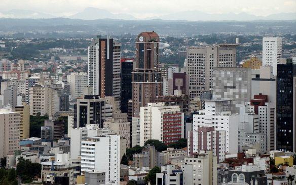 800px-CuritibaTradeCenterSkyline