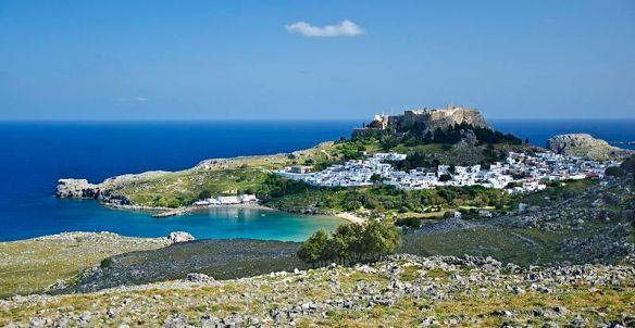 800px-Lindos_Rhodes_1