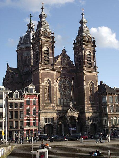 Amsterdam,_Sint_Nicolaasbasiliek