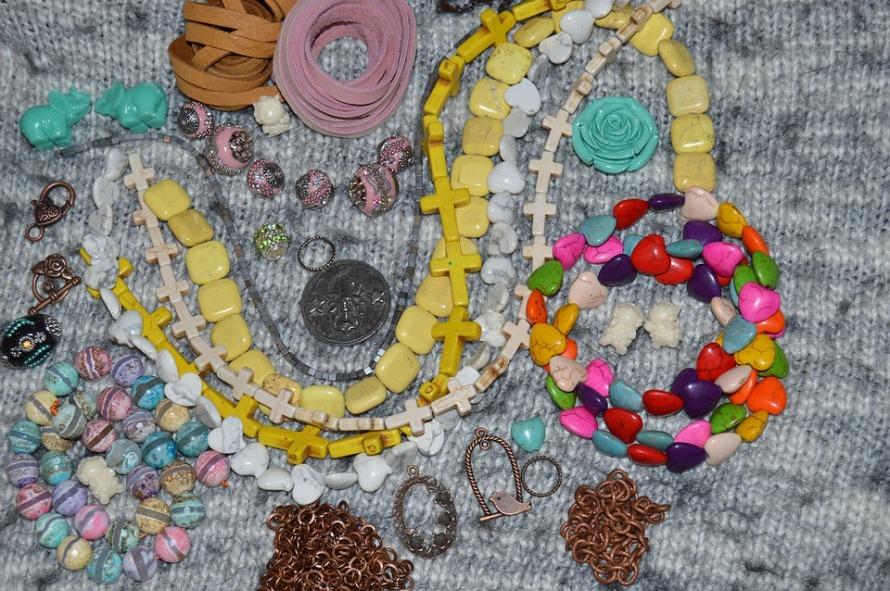 Crafting Jewelry Fashion Beading Crafts Beads