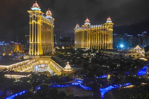 Galaxy_Macau_Night_view_201606