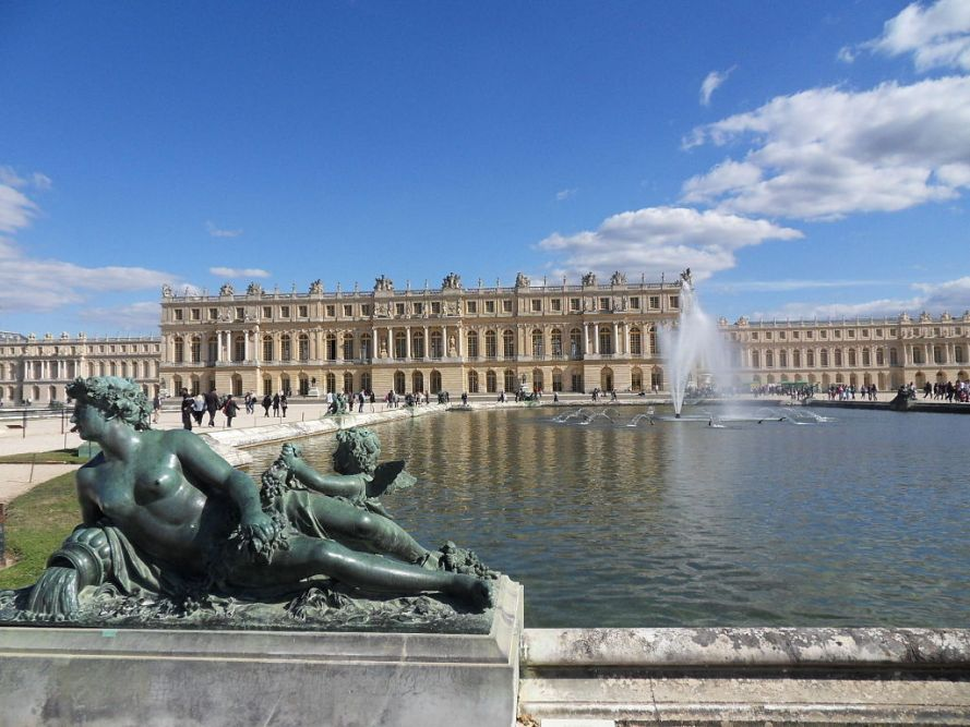 1024px-Versailles-Chateau-Jardins04