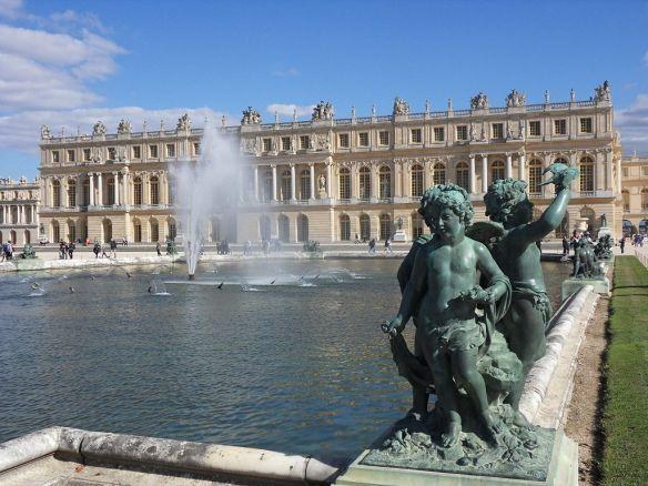 1024px-Versailles-Chateau-Jardins06