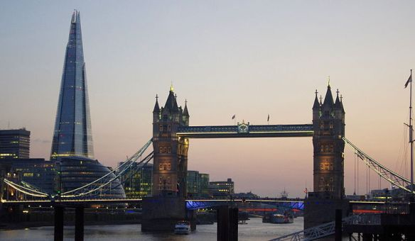 Tower_Bridge_and_the_Shard_at_sunset_2013