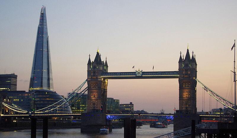 Tower_Bridge_and_the_Shard_at_sunset_2013