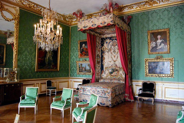Chambre_du_Dauphin,_Château_de_Versailles_-_01