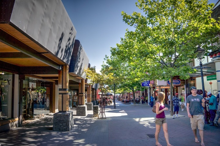 downtown-queenstown-286253_960_720