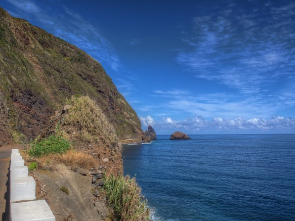 madeira_kisses_sea_rock_ocean_rocky_coast_water_atlantic-656340.jpg!d