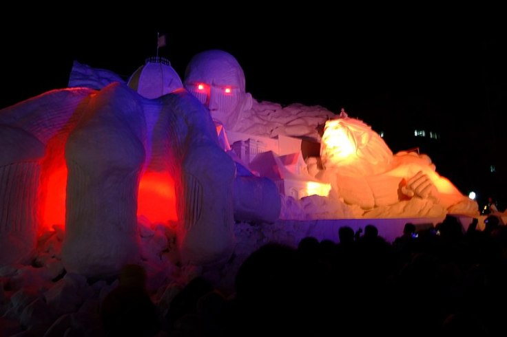 800px-第67回さっぽろ雪まつり(The_67th_Sapporo_Snow_Festival)_-_panoramio_(1)