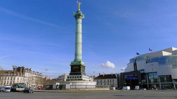 800px-P1160484_Paris_IV-XI-XII_place_de_la_Bastille_rwk