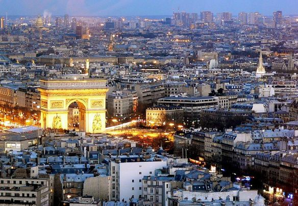 800px-Paris-0792