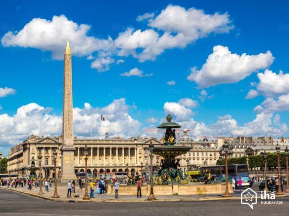 Paris-8eme-arrondissement-Place-de-la-concorde-a-paris