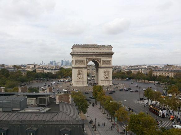 Place_Charles-de-Gaulle_-_Étoile.jpeg