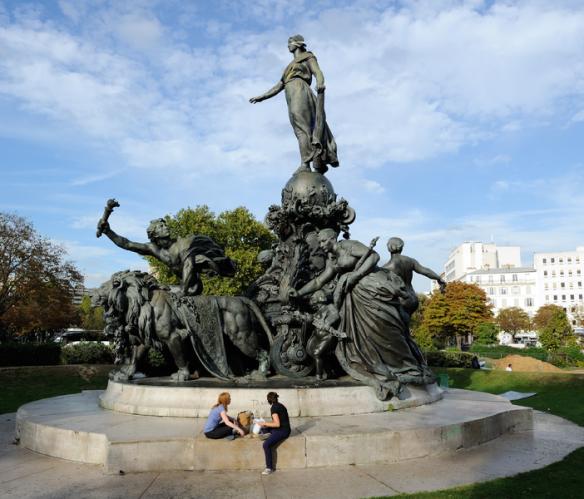 Place_de_la_Nation_in_Paris_France