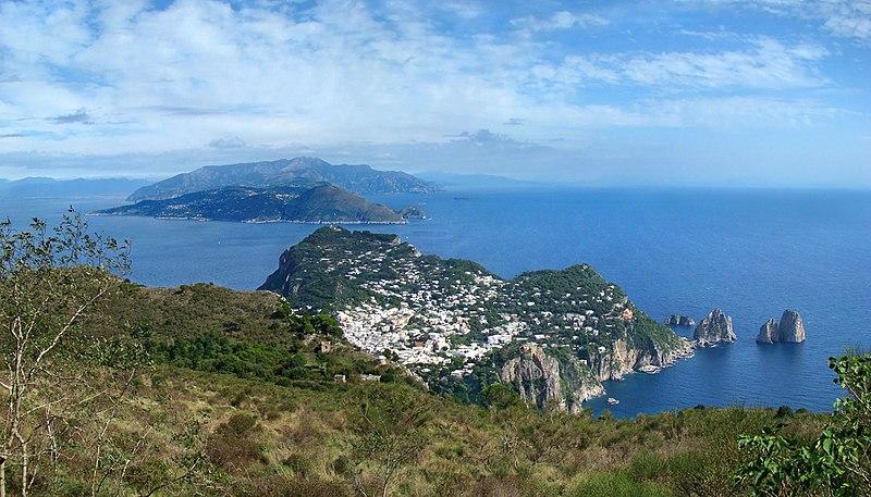 800px-Campania_Capri_from_Monte_Solaro