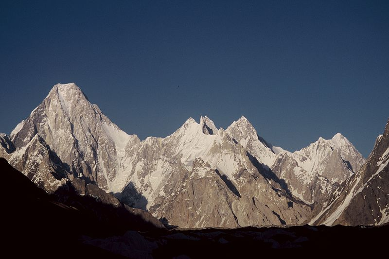 800px-Gasherbrum_group