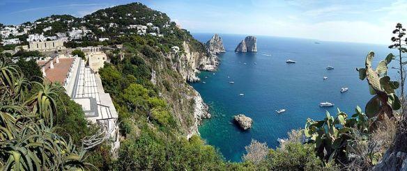 Capri_Island,_view_to_Faraglioni_-_panoramio