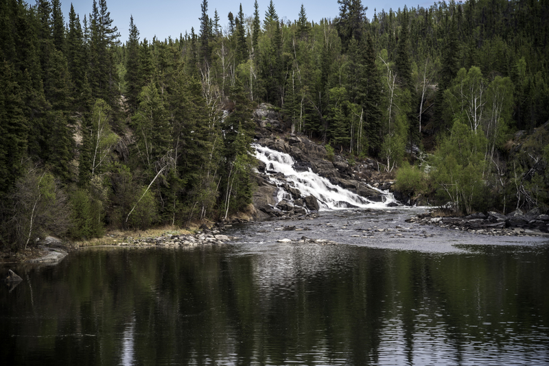 looking-at-cameron-falls-from-a-distance-on-the-ingraham-trail
