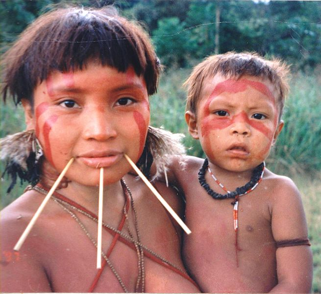 655px-Yanomami_Woman_&_Child
