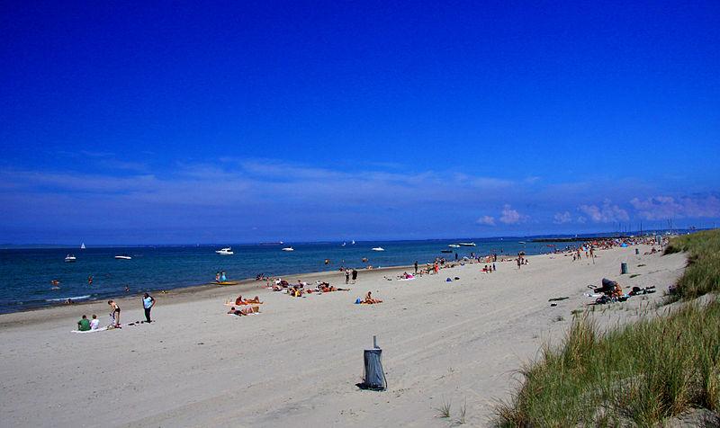 800px-Hornbæk_Beach