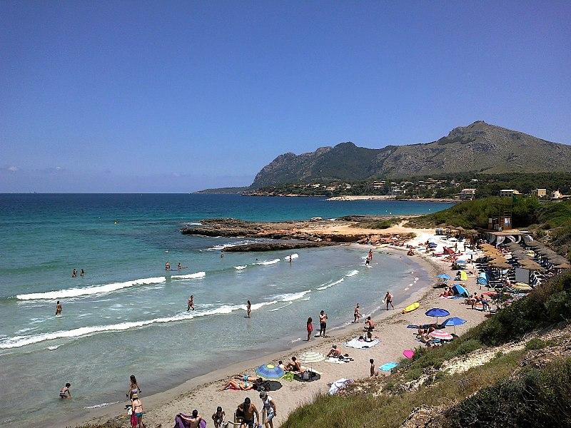 800px-Majorque_Alcudia_Marina_Manresa_Paya_Sant_Juan_20062015_-_panoramio