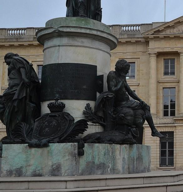 reims_statue