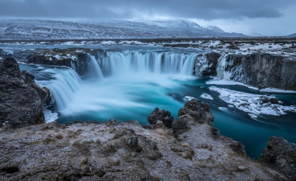 iceland_godafoss_waterfall_river_powerful_scenic_spectacular_tourism-1370111.jpg!d