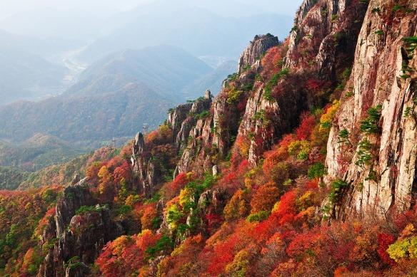mountain-1243486_960_720