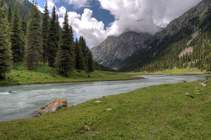 Karakol_canyon