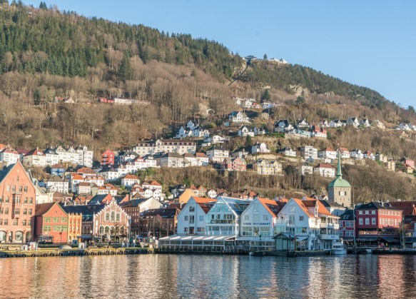 bergen_norway_architecture_harbor_water_bryggen_scandinavia_europe-1278261.jpg!d