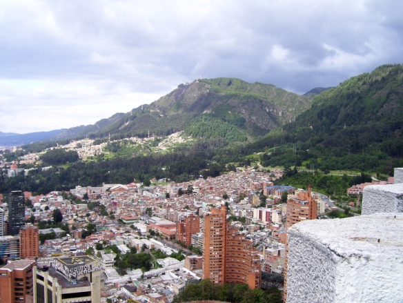 bogota-cityscape-with-mountains-in-colombia