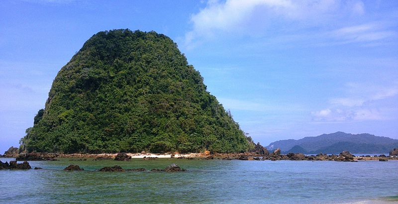 Pulau_Merah