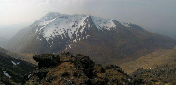 Ben_Nevis_Scotland_viewed_from_Aonach_Mor_-_panoramio
