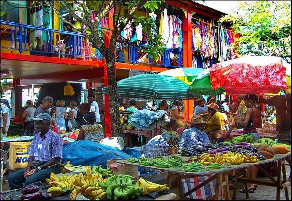 Il_mercato_di_Port_Victoria_-_panoramio