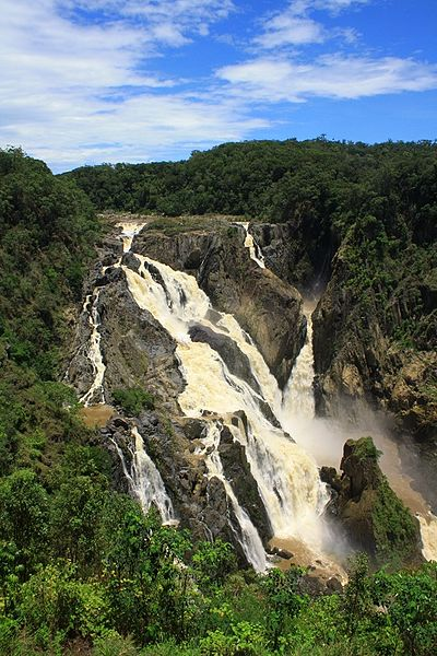 Barron_Falls_(Din_Din),_Barron_Gorge_National_Park,_Wet_Tropics_of_Queensland,_Australia