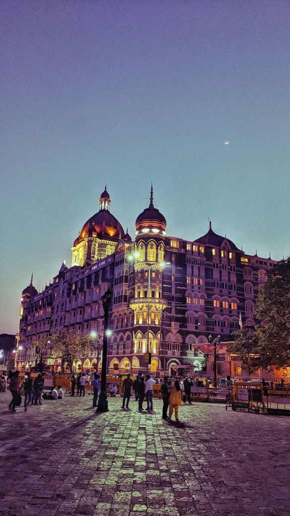 india-mumbai-26-tajmahal