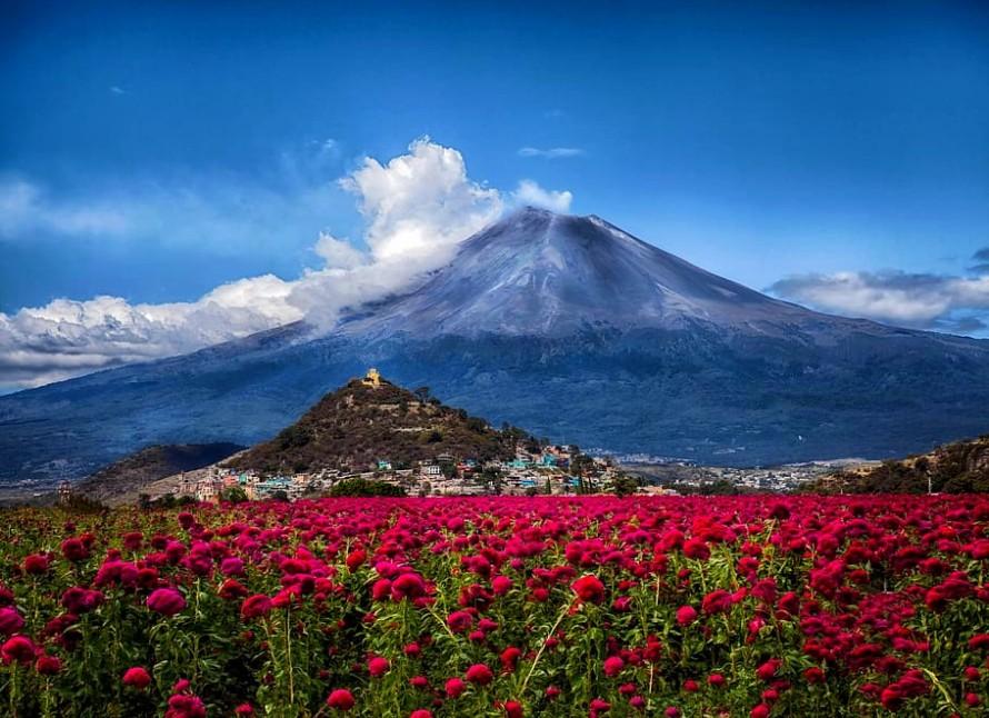 mexico-volcano-popocatepetl-puebla