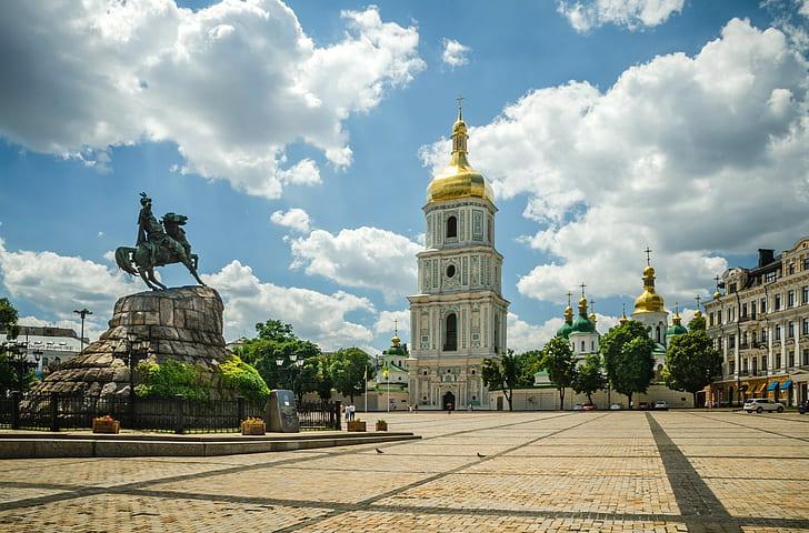 ukraine-kiev-sofias-square-wallpaper-preview